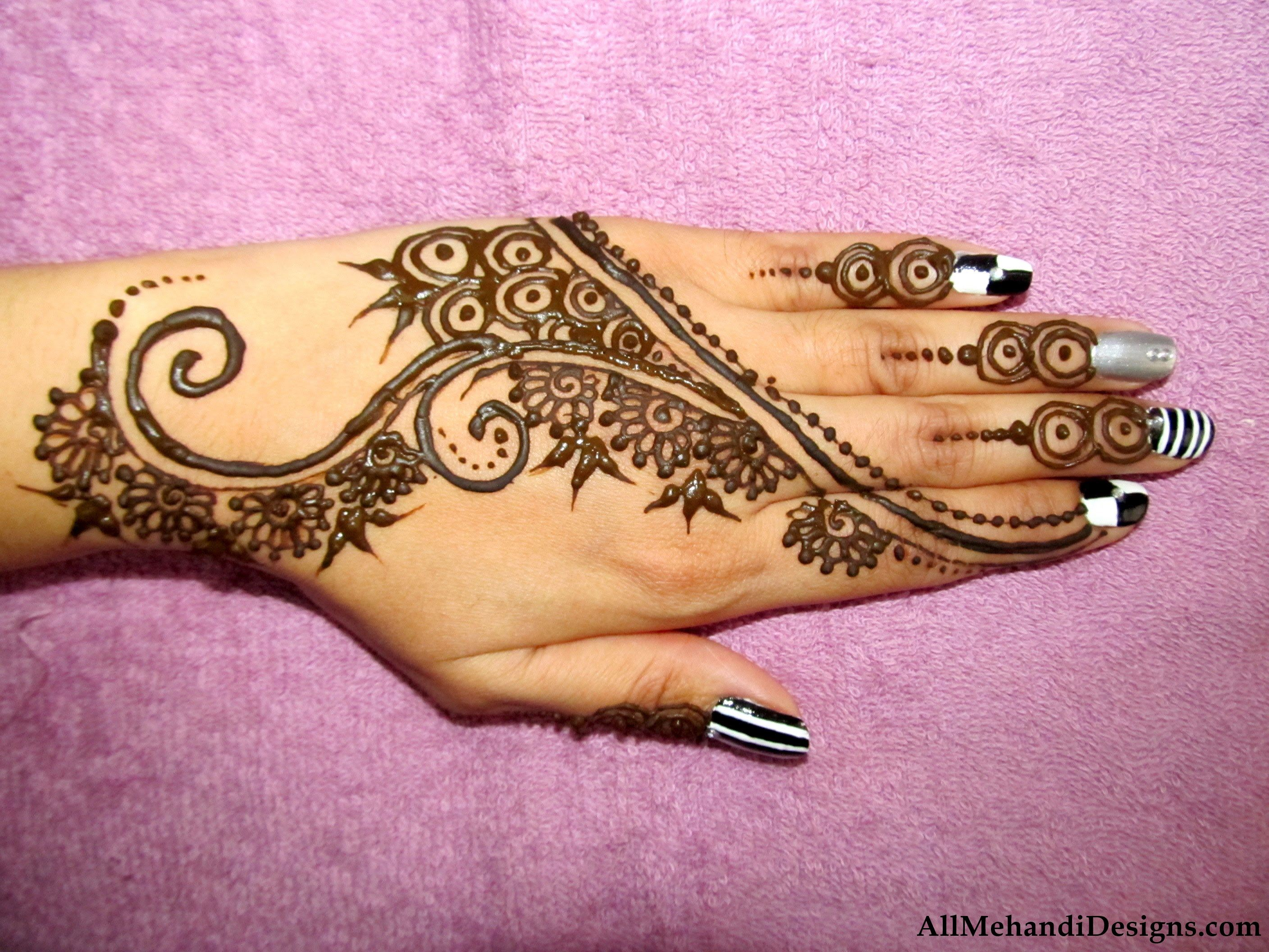 Simple Mehndi Designs   Easy Mehandi Pattern Pictures. 1000  Easy Mehndi Design   Simple Mehandi Desings Images