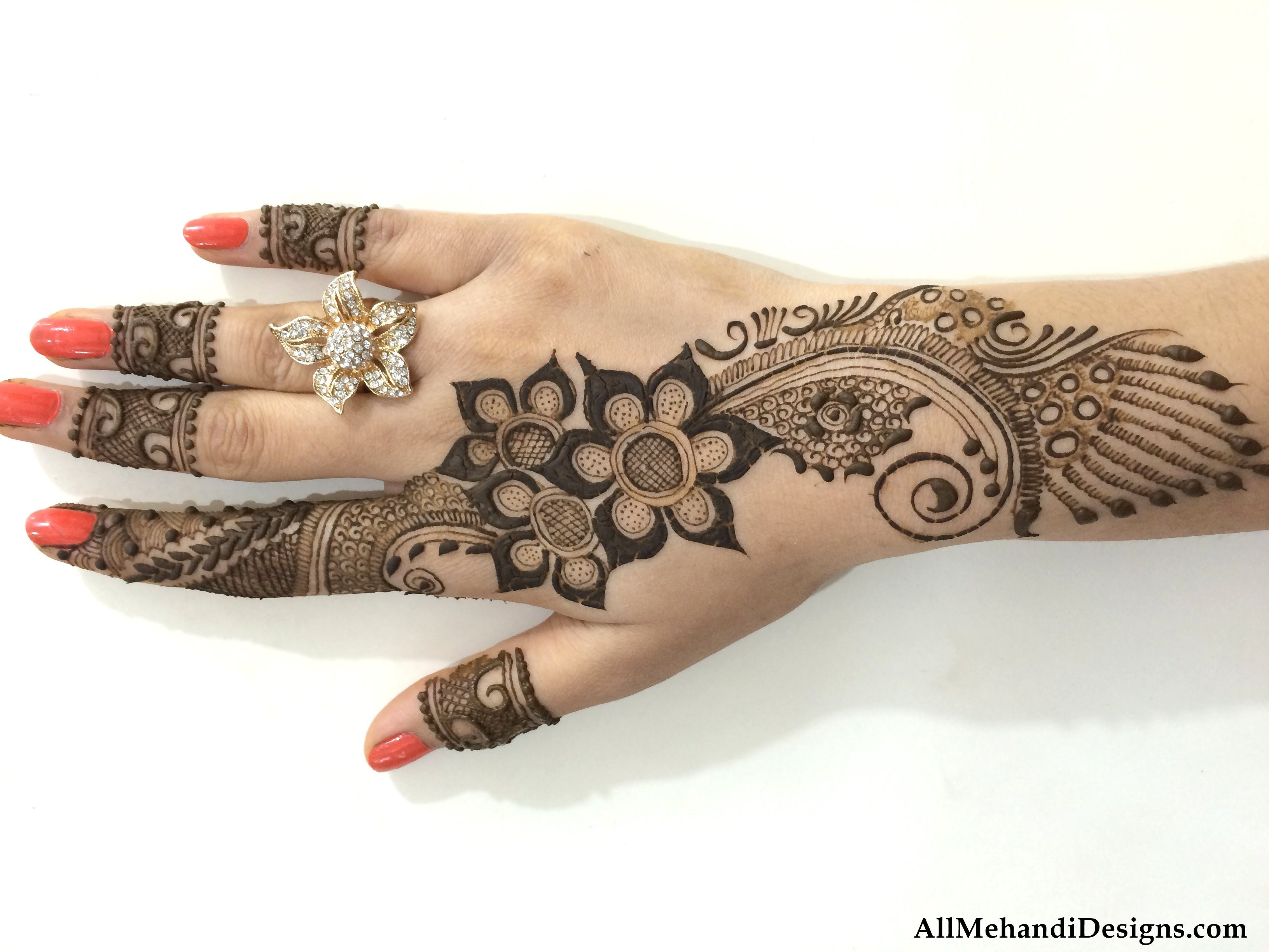 beautifull dulhan mehndi design leatest bridal beautiful