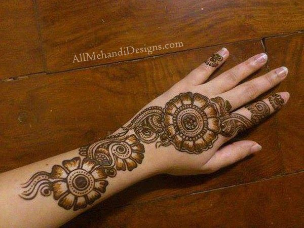 Mehndi-Designs-for-hand