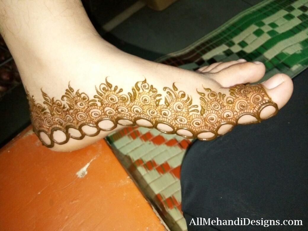 Leg Mehndi Designs Easy Only : Easy foot mehndi designs simple feet henna patterns