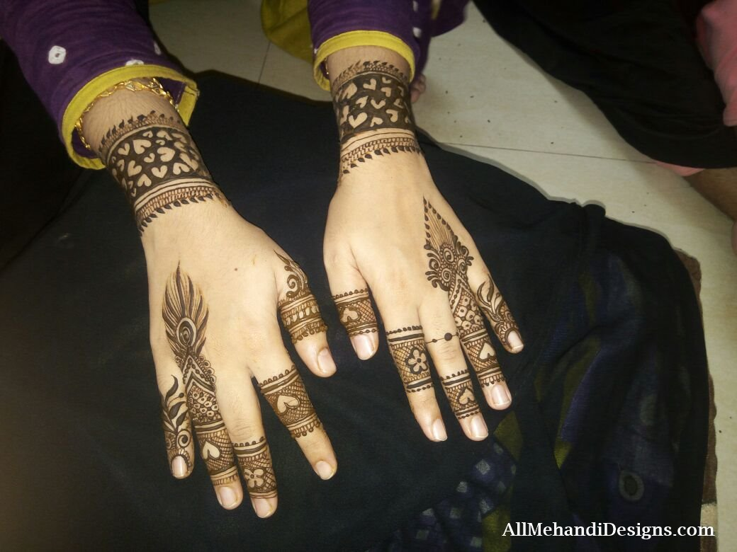 Latest Pakistani mehndi designs – Dulhan pakistani henna designs