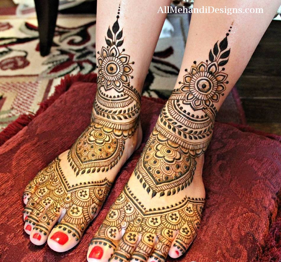 mehandi design for legs simple
