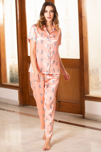 8 Nightwear Styles for Women to Flaunt with Absolute Panache