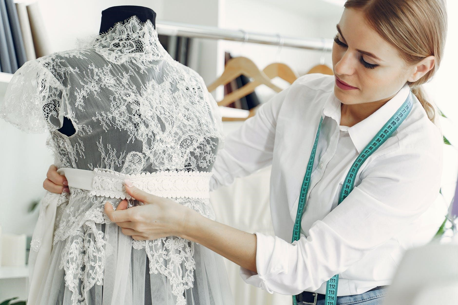 How to Practice Body Positivity When Wedding Dress Shopping