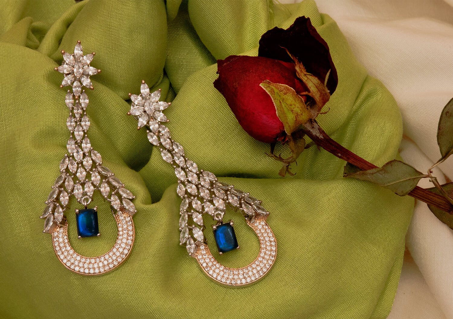 The Difference Between Fashion Jewellery vs Fine Jewellery
